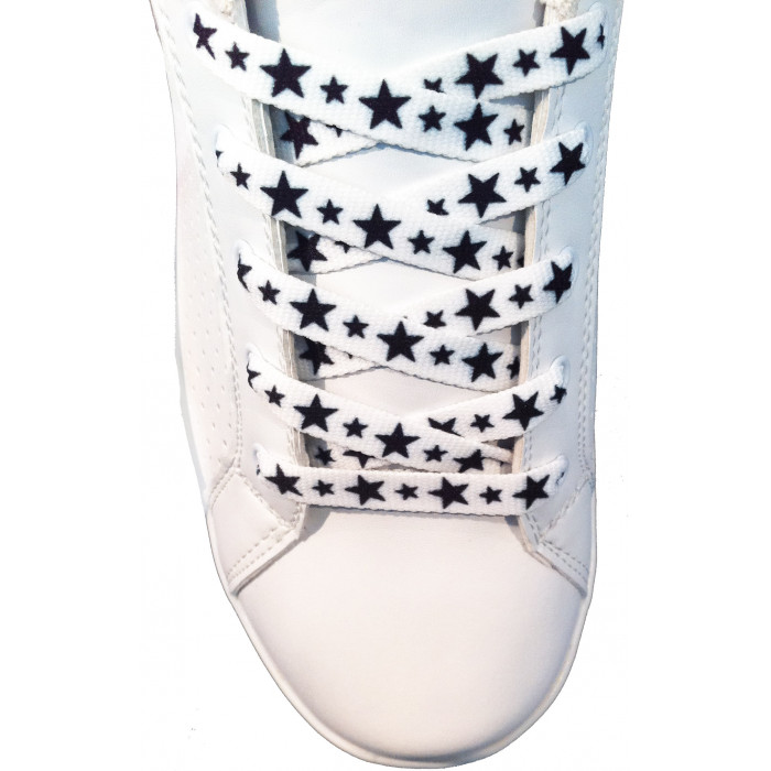 Skolisser - 10mm hvite med svarte stjerner