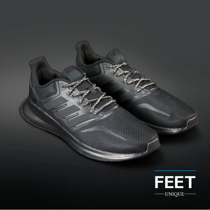 Adidas Yeezy - Skolisser Svart & Sølvfargede